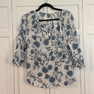 Anne Carson blue and white floral blouse size sm